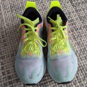 New Balance Echolucent running shoes, size 8